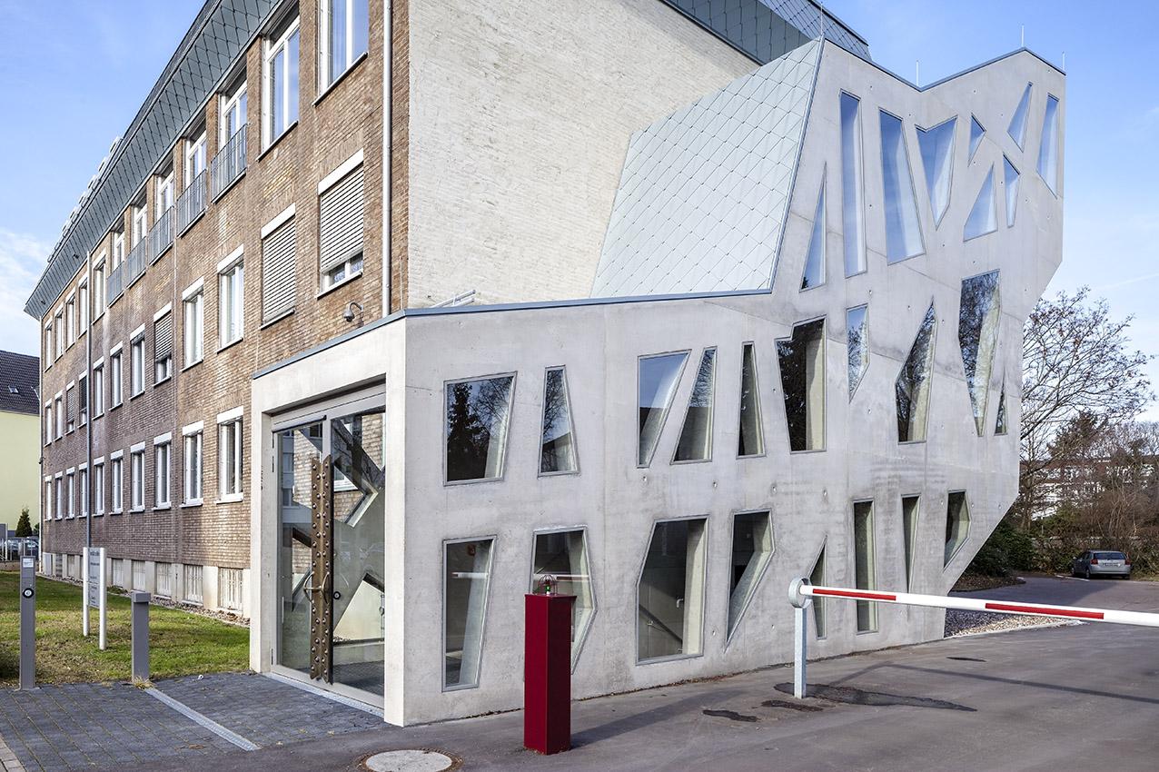 Architekt Köln treppenhaus mathematisches institut universität köln 3pass